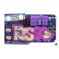 HAPPY LIGHTS KISS 100133