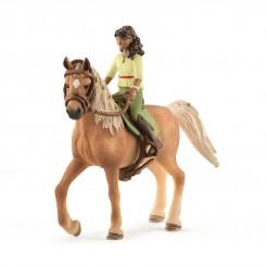 HORSE CLUB SARAH OG MYSTERY...